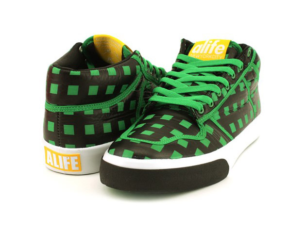 alife-everybody-mid-parachute-checkers-03