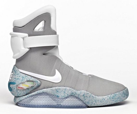 nike-mag-2011-available-on-ebay-22